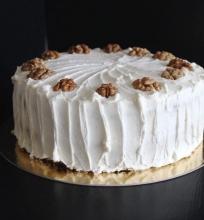 Cukinijų ir riešutų tortas