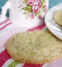 Imbieriniai Sausainiai su Ruduoju Cukrumi