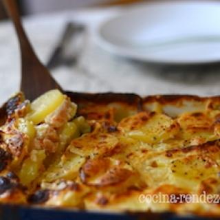 Bulvių užkepėlė su lašiša