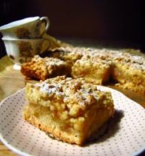 Trupininis pyragas su obuoliene