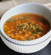 Lęšių sriuba
