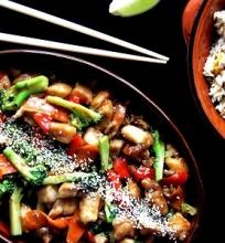 Kiniška vištiena su brokoliais