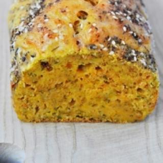 Moliūgo ir sūrio keksas