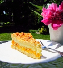 Trupininis varškės ir abrikosų pyragas