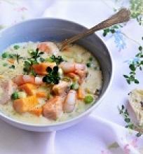 Lašišos ir krevečių sriuba