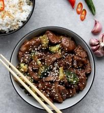Kiniška jautiena su brokoliais