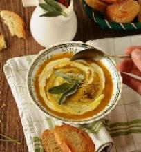 Šilkinė moliūgų sriuba