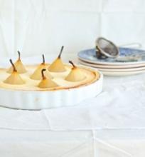 Pyragas su kriaušėmis ir varške
