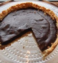 Šokoladinis datulių pyragas
