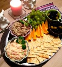 Užtepėlės su tunu ir pomidorais