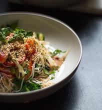 Azijietiškos salotos