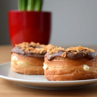 Cronut – sluoksniuotos tešlos spurgos