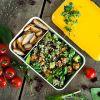 Saldžiųjų bulvių, vištienos ir bolivinės balandos salotos