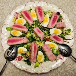 Greitos salotos su tunu