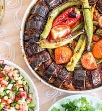 Baklažanų kebabas su maltinukais