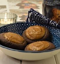 Kakaviniai sausainiai su datulių karamele