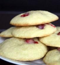 Apelsininiai Sausainiai su Spanguolėmis