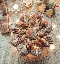 """Mielinis pyragas """"Kalėdinė žvaigždė"""""""