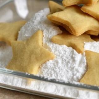 sausainiai su migdolais ir anyžiais