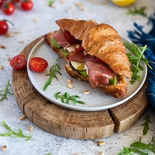 Kruasanai-sumuštiniai