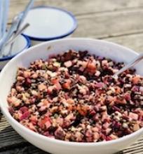 Lęšių salotos su burokėliais ir lašiša