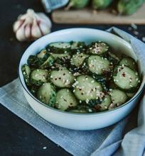 Aštrūs korejietiški agurkai