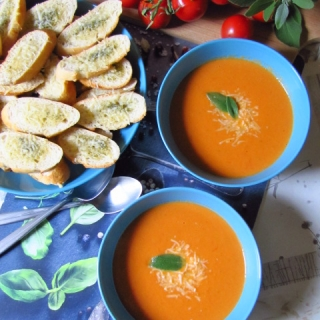 Kreminė pomidorų sriuba
