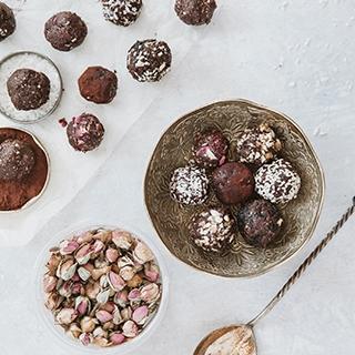 Šokoladiniai energijos kąsneliai