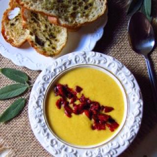Kreminė moliūgų ir cukinijų sriuba
