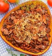 Grybai pomidorų padaže