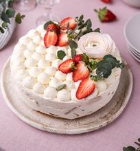 Kokosinis jogurtinis tortas
