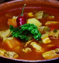 Kalakutienos ir daržovių sriuba