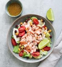 Meksikietiškos lašišos salotos