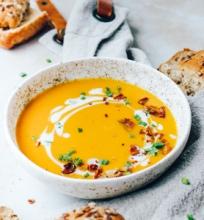 Kreminė morkų sriuba su kokosų pienu
