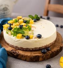 Nekeptas mangų sūrio tortas