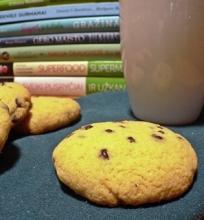 Avinžirnių miltų sausainiai su šokoladu