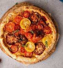 Pomidorų ir rikotos galetė
