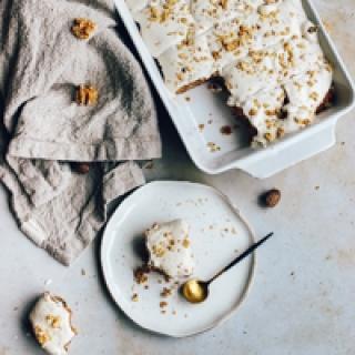 Sveikas morkų pyragas su kokosų kremu