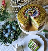 Pistacijų tortas su avietėmis
