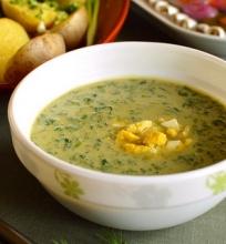 Estiška dilgėlių sriuba