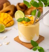 Mangų ir kokosų pieno kokteilis