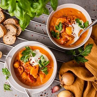Ispaniška bulvių ir čioriso dešros sriuba
