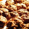 Šokoladiniai sausainiai su šokolado gabaliukais