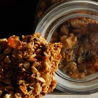 Pysryčių javainiai/ granola