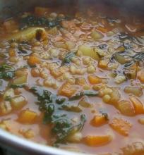 Lęšių ir perlinių kruopa sriuba