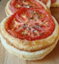 Pyragėliai su pomidorais