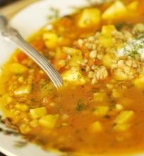 Pomidorinė grikiu sriuba su panyru