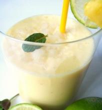 Ananasinis gėrimas