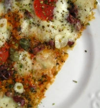 Pizza lavašo stiliumi