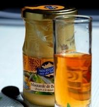 Medaus ir čiobrelių užpilas salotoms